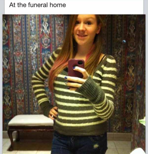 sexy-selfy-fails-funeral